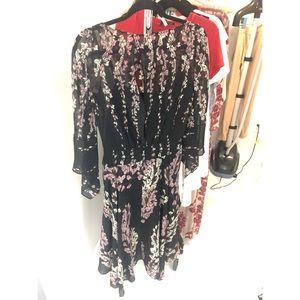 Bcbg maxazria black and floral summer flowy dress